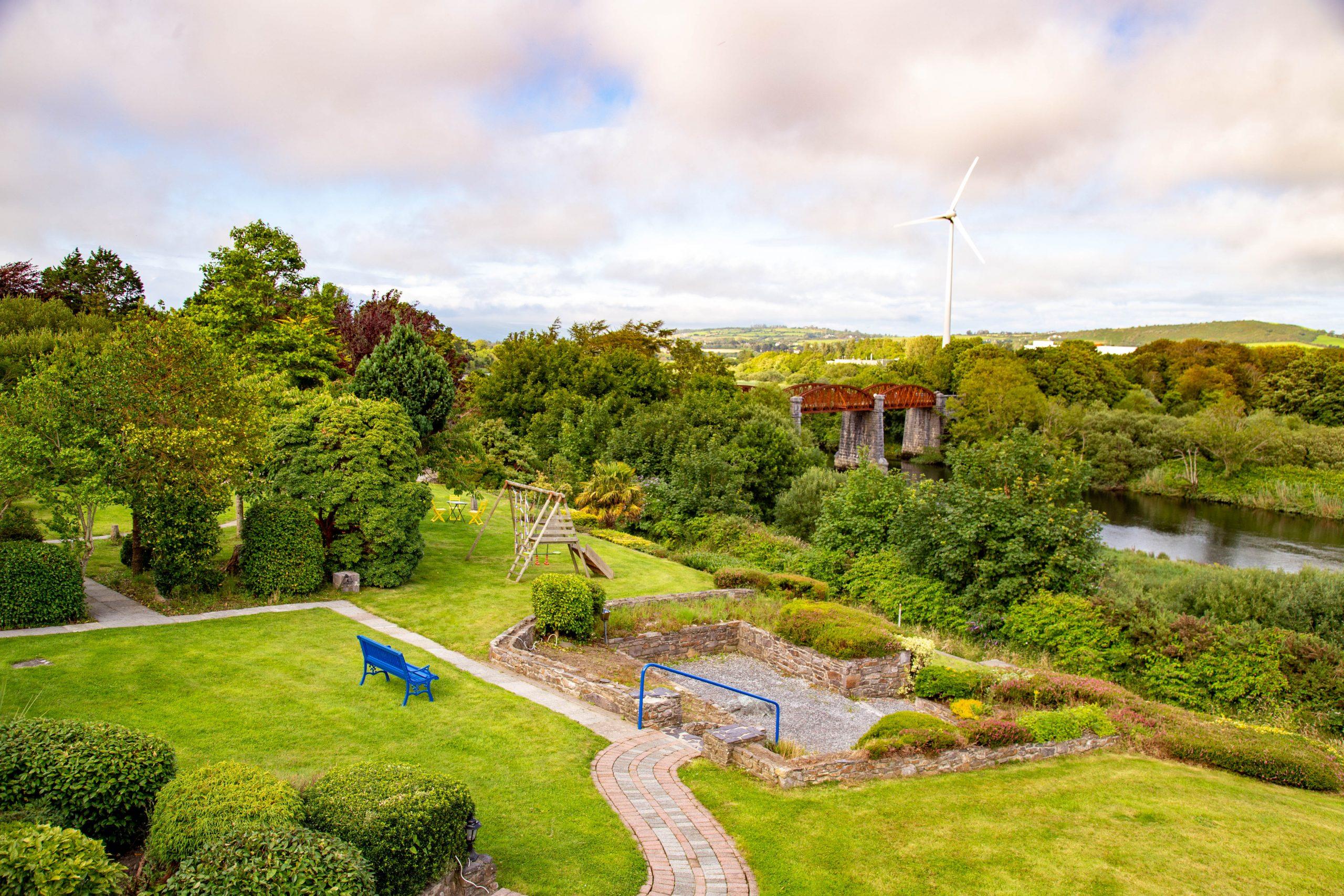Garden and River Views